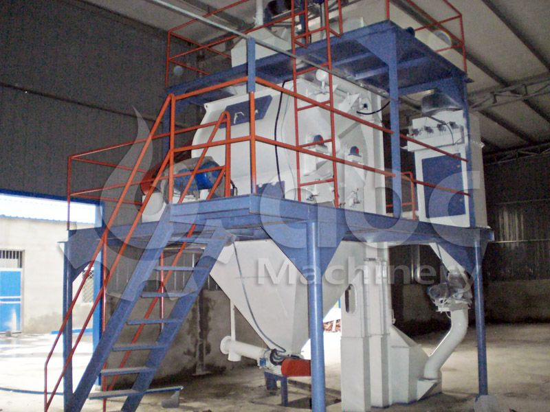 poultry feed making equipment included in complete feed mill