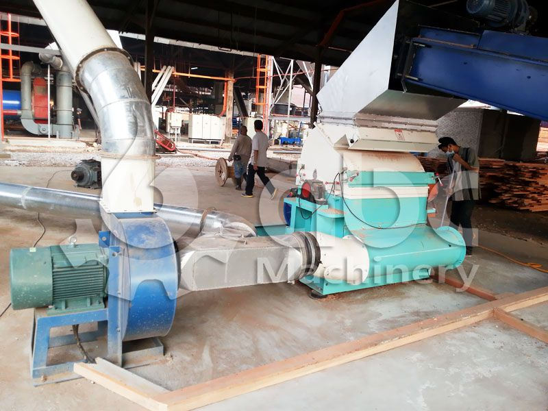 wood chips crushing machine of the pellet plant
